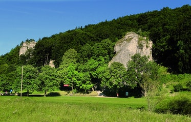"""UNESCO-Welterbe """"Hohle Fels"""" im Achtal"""